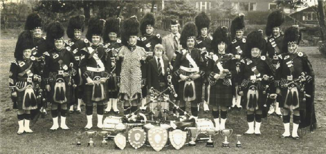 Ponefract & District Caledonian Society Pipe Band, 1974